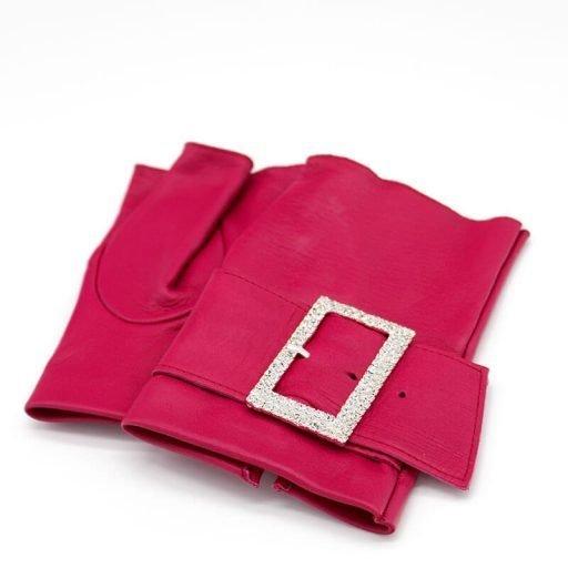 mitones-guantes-piel-hebilla-piedras-strass-Audrey-fucsia-pink-Armèlle-Spain-1