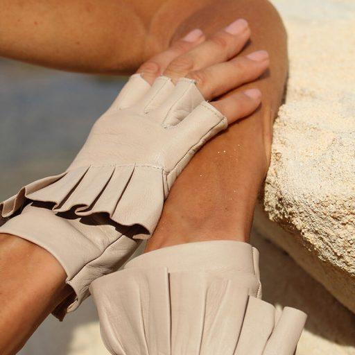 mitones-guantes-elegantes-piel-cuero-Giorno-arena-Armèlle-Spain-2