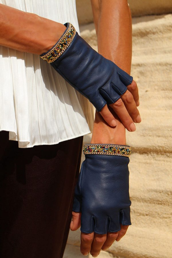 mitones-guantes-mujer-piel-elegante-cadena-tendencia-Palermo-azul-Armèlle-Spain-2