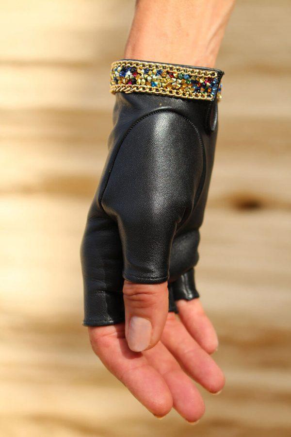 mitones-mujer-piel-elegante-cadena-tendencia-Palermo-negro-Armèlle-Spain-3