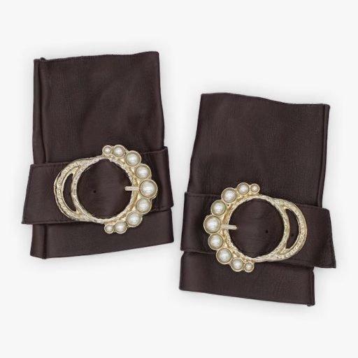 Mitones-piel-perla-marron-lujo-hebilla-perlas-Armèlle-Spain-2