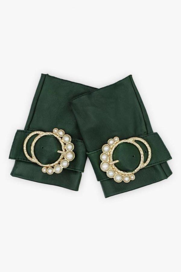 Guantes-sin-dedos-piel-hebilla-perlas-Perla-verde-Armèlle-Spain-1