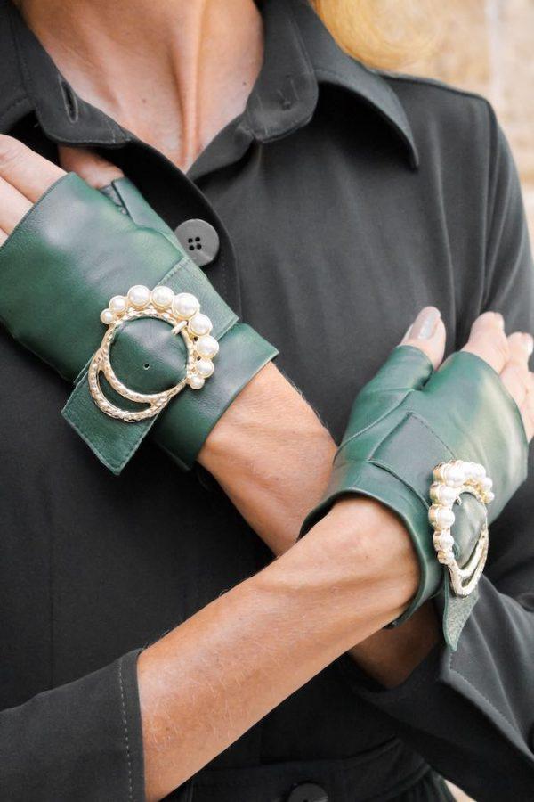 Mitones-hebilla-perlas-Perla-verde-Armèlle-Spain-4